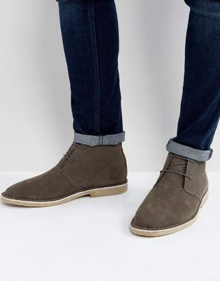 Asos Design Desert Boots In Gray Faux Suede