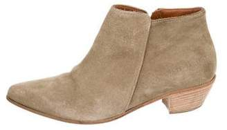 Common Projects Woman by Pointed-Toe Ankle Boots