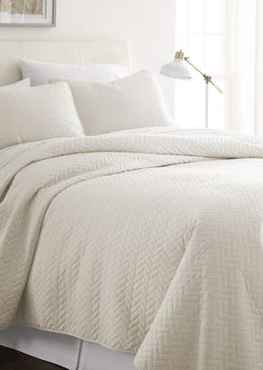 IENJOY HOME Home Spun Premium Ultra Soft Herring Pattern Quilted Twin Coverlet Set - Ivory