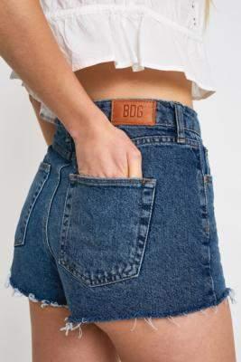 BDG Mom Indigo Denim Shorts - blue 26W at Urban Outfitters