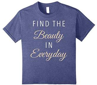Find The Beauty In Everyday Textured Script Graphic T-Shirt