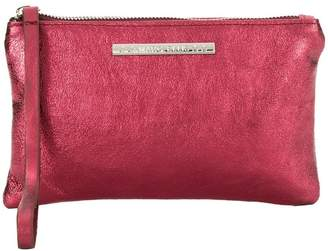 Roxy Marc Ellis clutch