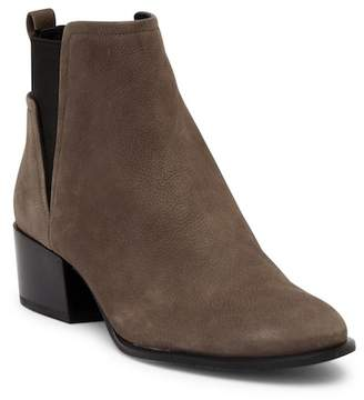 Kenneth Cole New York Artie Nubuck Ankle Boot