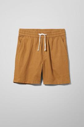 Weekday Olsen Linen Shorts - Yellow