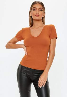 Missguided Rust V Neck Fitted T Shirt
