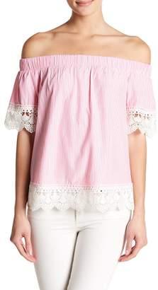Romeo & Juliet Couture Off-the-Shoulder Crochet Knit Trim Stripe Blouse