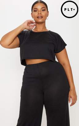 PrettyLittleThing Plus Black Cropped T-Shirt