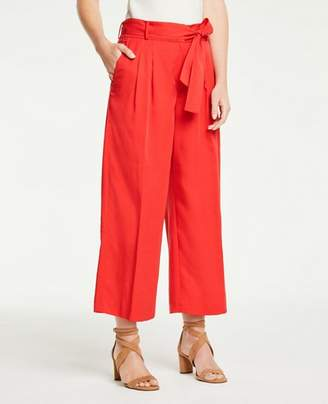 Ann Taylor Petite Pleated Wide Leg Crop Pants