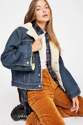 Levi's Levis Made & Crafted Cropped Sherpa Trucker Jacket