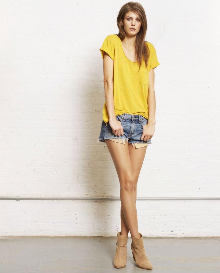 Mila Short - Moss