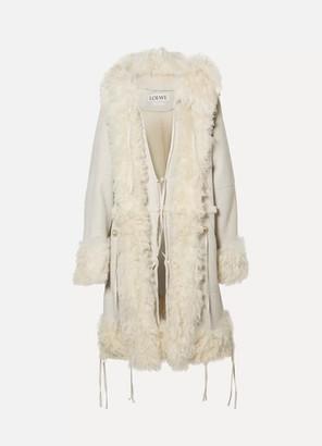 Loewe Oversized Hooded Shearling Coat - Off-white