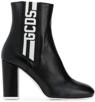 Gcds Stripe ankle boots