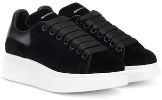 Alexander McQueen Black Trainers For Women - ShopStyle UK 0e71908232