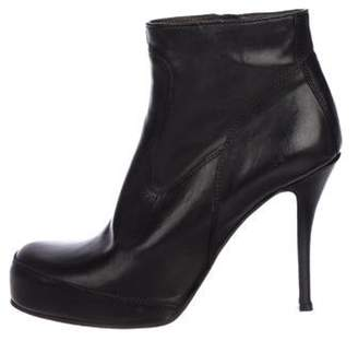 Rick Owens Leather Round-Toe Ankle Boots Black Leather Round-Toe Ankle Boots