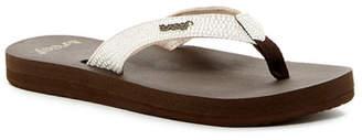 Reef Star Sassy Flip Flop (Women) $37.95 thestylecure.com