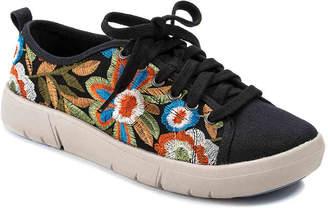 Bare Traps Belize Sneaker - Women's
