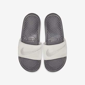 outlet store 87201 b18dd Nike Women s Sandal Benassi JDI Leather SE