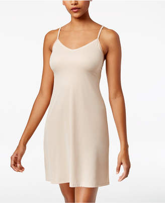 Vanity Fair Lace V-Neck Full Slip 10141 $28 thestylecure.com