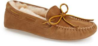Minnetonka Sheepskin Moccasin Slipper