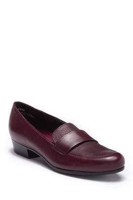 Munro American Kiera Loafer - Multiple Widths Available