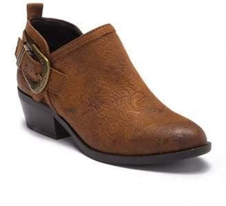 White Mountain Footwear Davenport Pebble Ankle Boot