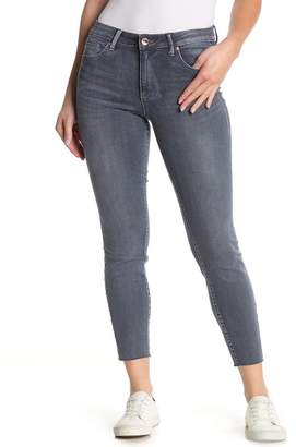 Tractr Heidi Mid Rise Ankle Cut Jeans