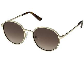GUESS GU7556 Fashion Sunglasses