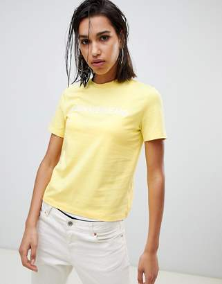 Calvin Klein Jeans embroidered logo t shirt