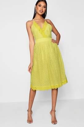 boohoo Boutique Daisy Scallop Trim Midi Skater Dress