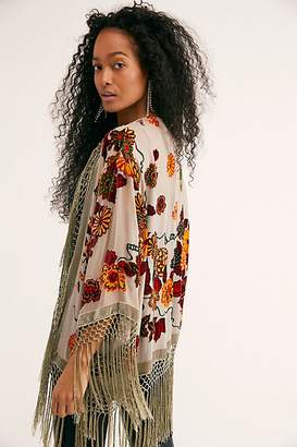 Lana Burnout Velvet Kimono