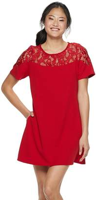 Speechless Juniors' Lace Illusion Yoke Shift Dress