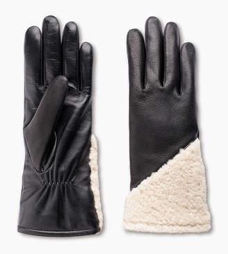 UGG Asymmetrical Smart Curly Glove