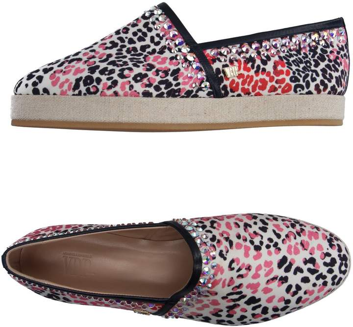 Vdp Collection Low-tops & sneakers - Item 11104550