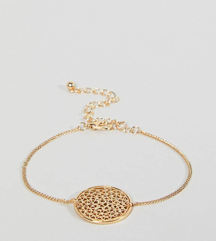 – Armband mit filigranem, rundem Anhänger