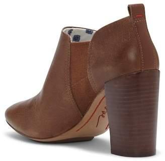 ED Ellen Degeneres 'Mahoney' Stacked Heel Bootie (Women)