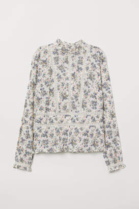 H&M Blouse with Lace Embroidery - White