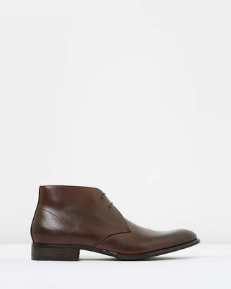 yd. Williams Boots
