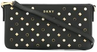 DKNY (ディー ケー エヌワイ) - DKNY スタッズショルダーバッグ