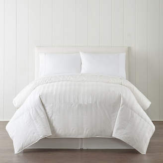 Royal Velvet Level 1 Classic Lightweight Warmth Down Comforter