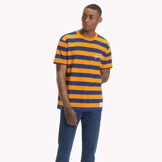 Tommy Hilfiger Tommy Jeans XPLORE Signature Stripe T-Shirt