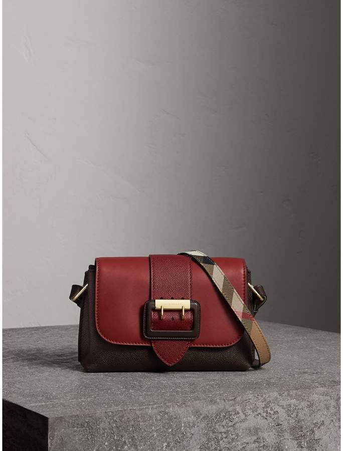 Burberry The Buckle Crossbody Bag in Colour-block Leather