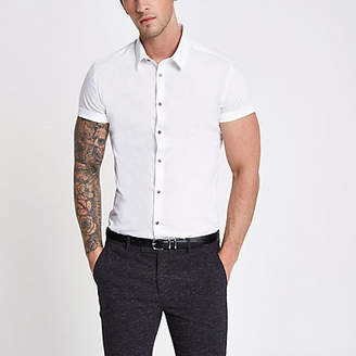 River Island White muscle fit short sleeve button-up shirt