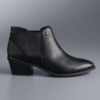 Vera Wang Simply Vera Palette Women's Chelsea Ankle Boots