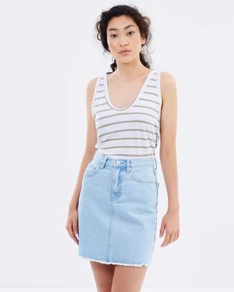 Rigid Fray Skirt