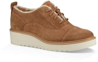 UGG Johanna Spill Seam Wedge Oxford