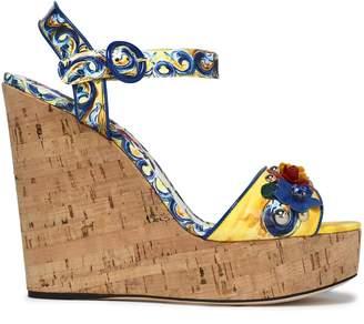 Dolce & Gabbana (ドルチェ & ガッバーナ) - Dolce & Gabbana アップリケ付き プリント パテントレザー ウェッジサンダル