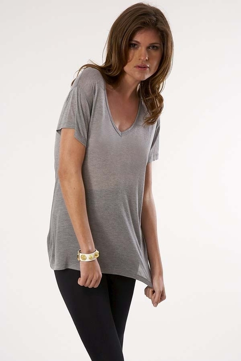 Kain Label Short Sleeve V-Neck Tee in Grey