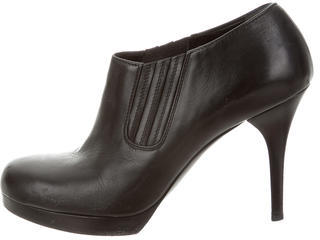 Balenciaga  Balenciaga Round-Toe Leather Booties