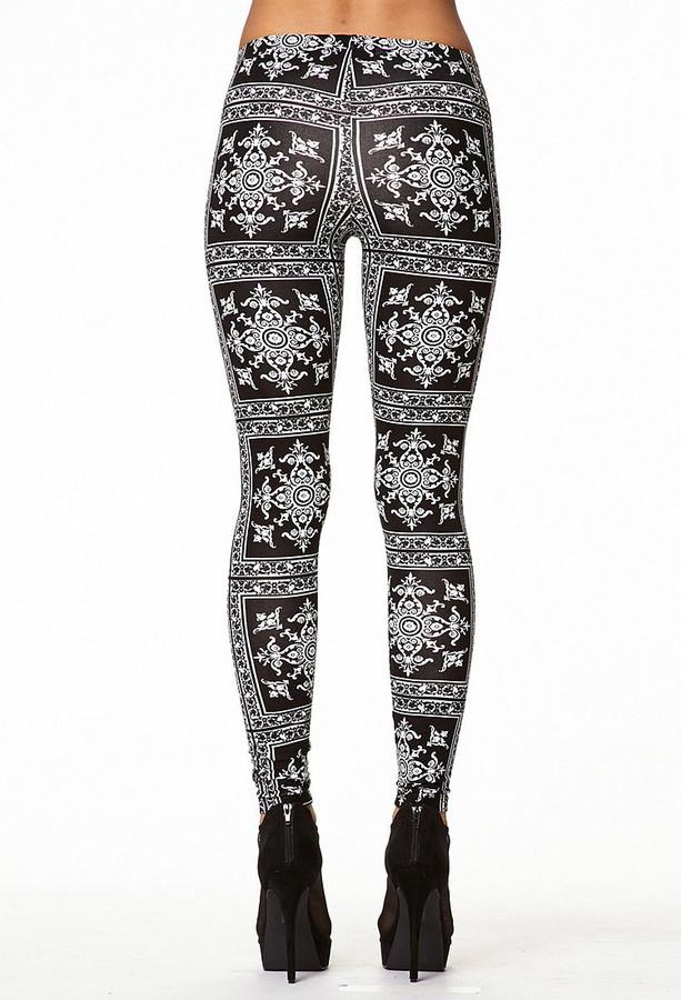 Forever 21 baroque print leggings