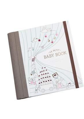 A Pea in the Pod Le Petit Baby Book